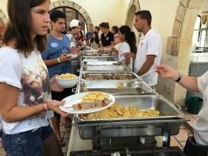 Sprachcaffe_Malta_Lunch_02